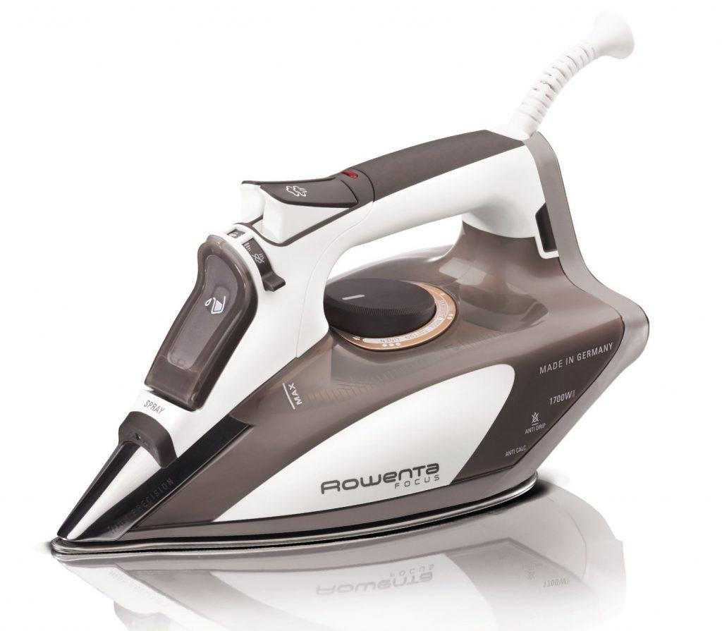 Rowenta DW5080 Steam Iron