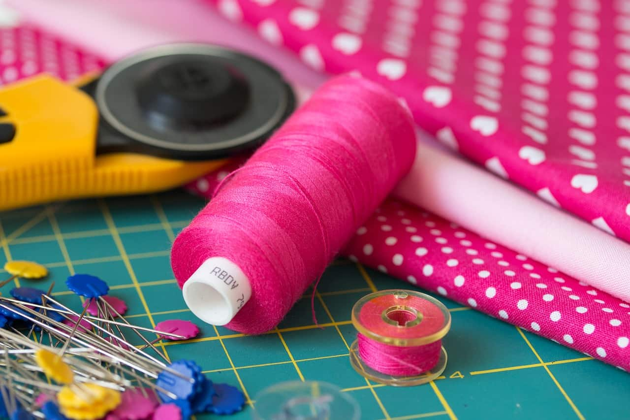 sewing thread and tools